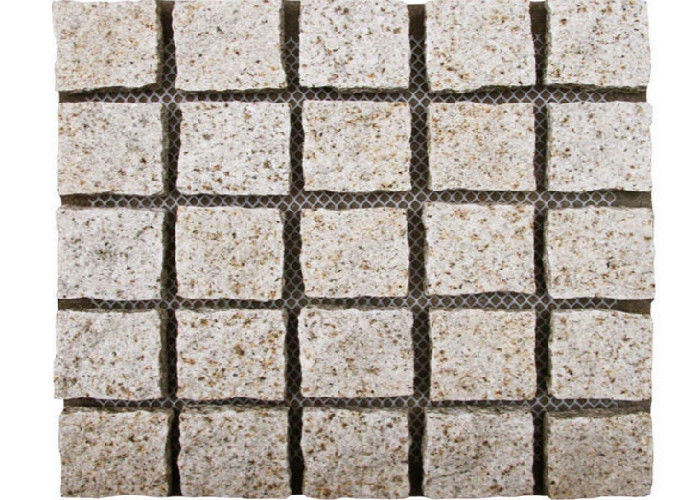 Yellow Natural Paving Stones Cube Custom Surface Finishing 104hsd Hardness